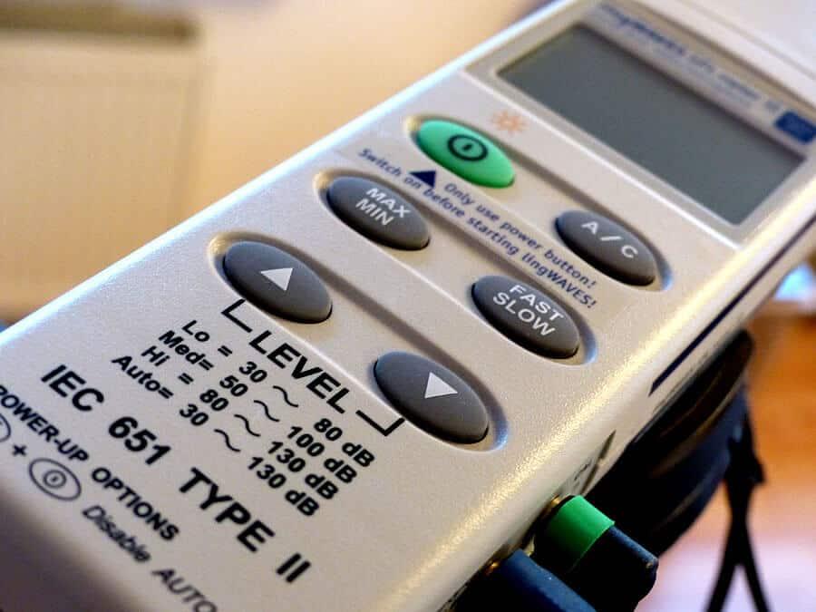 Computergestützte Stimmanalyse mit lingWAVES